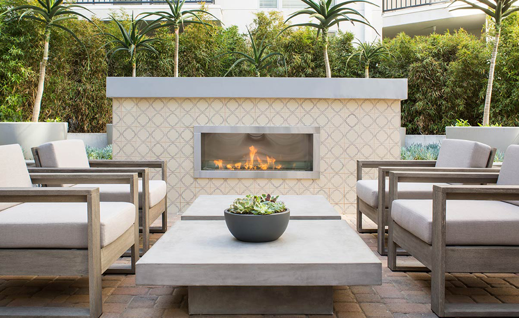 The Fifty Five Fifty Hollywood Apartments - Fireplace